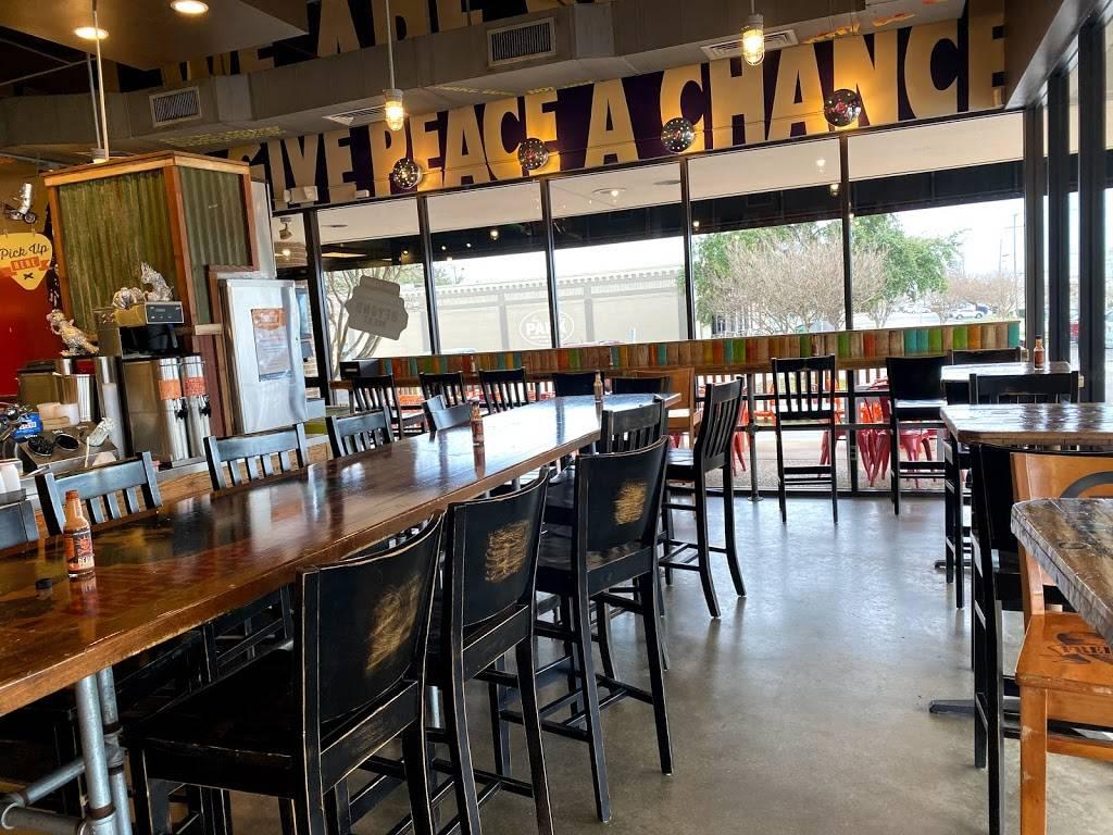 Freebirds World Burrito - restaurant  | Photo 6 of 10 | Address: 4032 S Lamar Blvd Suite 100, Austin, TX 78704, USA | Phone: (512) 326-4100