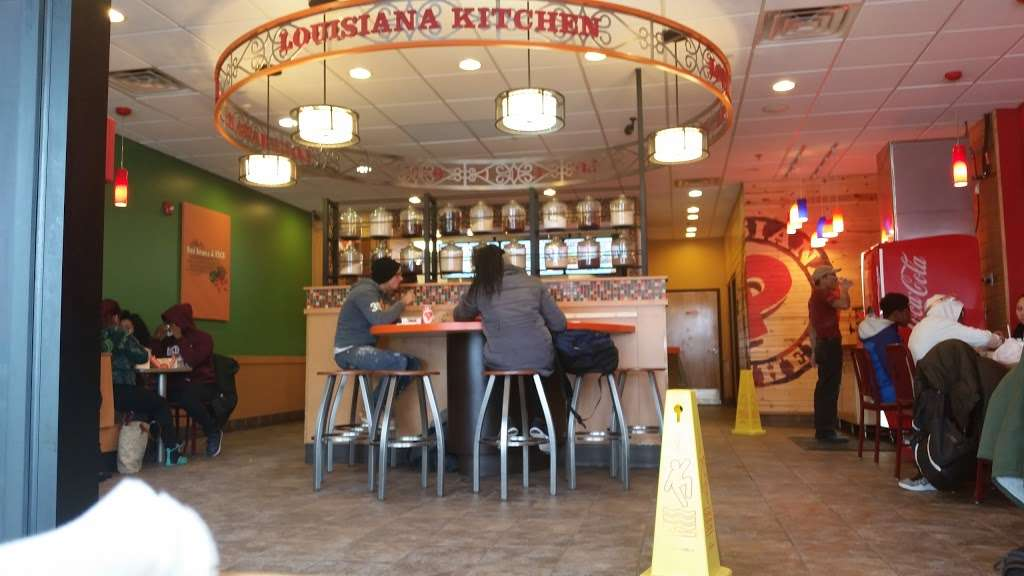 Popeyes Louisiana Kitchen - restaurant  | Photo 1 of 10 | Address: 237 Monmouth St, Jersey City, NJ 07302, USA | Phone: (201) 885-2085