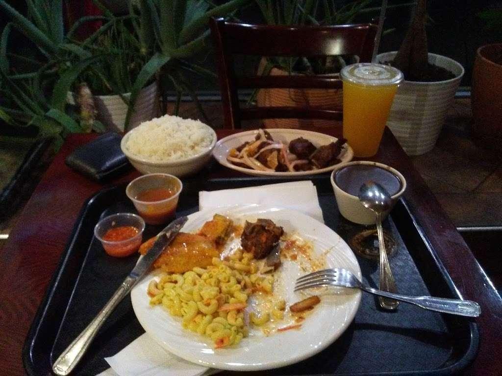 Kreyol Flavor - restaurant  | Photo 8 of 10 | Address: 1738 Flatbush Ave, Brooklyn, NY 11210, USA | Phone: (718) 258-0509