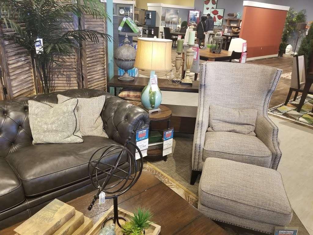 Art Van Furniture - furniture store    Photo 6 of 10   Address: 900 E Boughton Rd, Woodridge, IL 60517, USA   Phone: (630) 972-2499