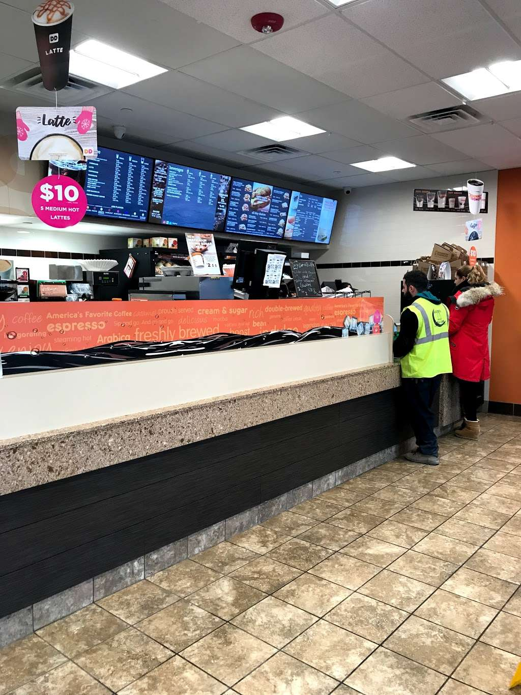 Dunkin Donuts - cafe  | Photo 10 of 10 | Address: 500 Ave at Port Imperial, Weehawken, NJ 07086, USA | Phone: (201) 766-1432