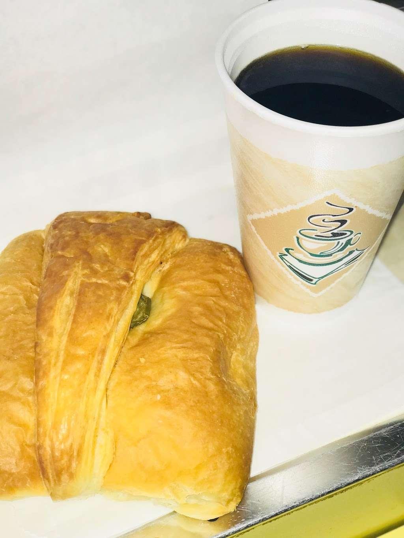 Pams Donuts - bakery  | Photo 5 of 10 | Address: 10255 Mission Boulevard C, Riverside, CA 92509, USA | Phone: (951) 360-1322