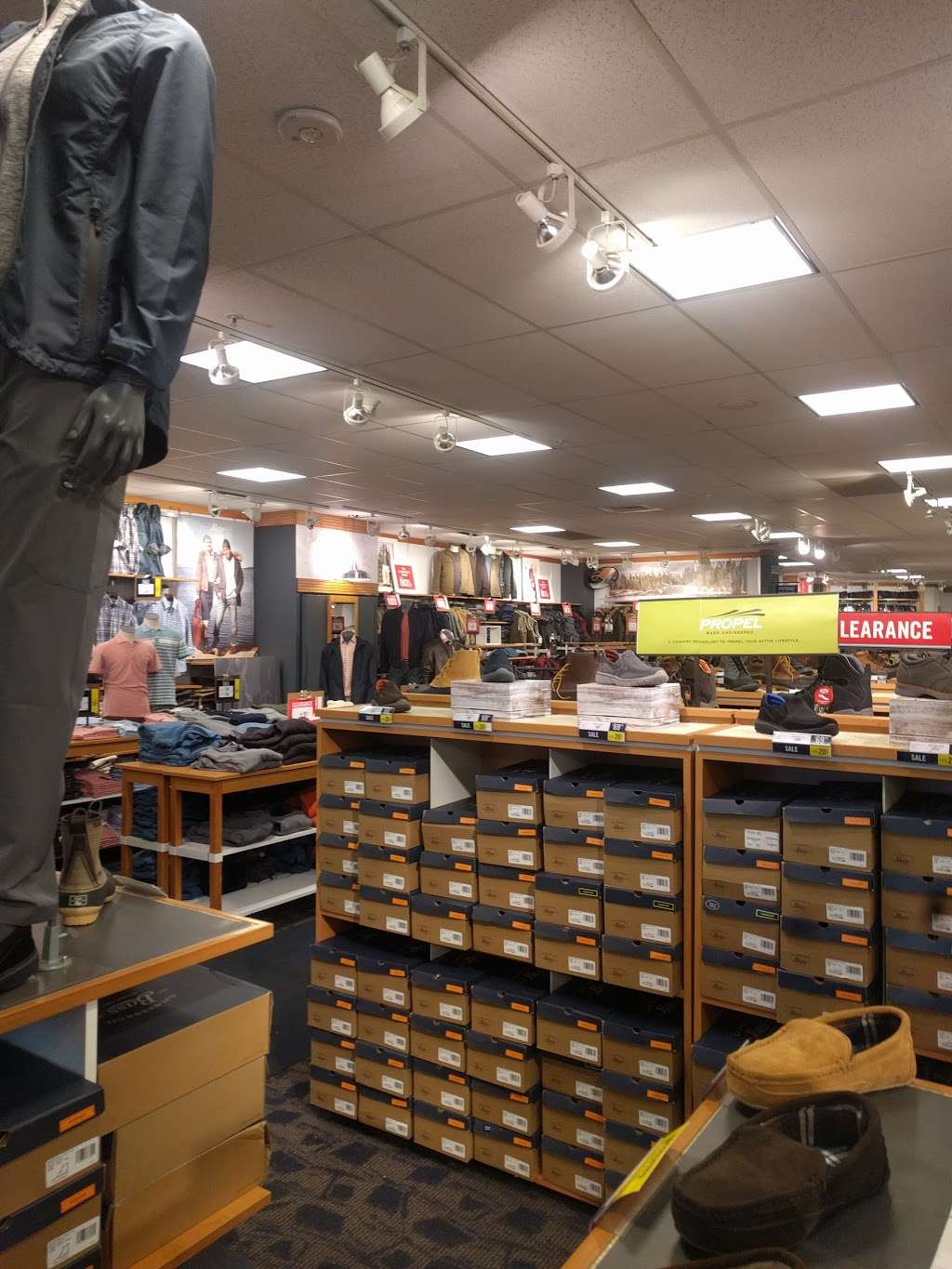 Bass Factory Outlet - shoe store    Photo 1 of 6   Address: 270 Voice Rd, Carle Place, NY 11514, USA   Phone: (516) 248-2720