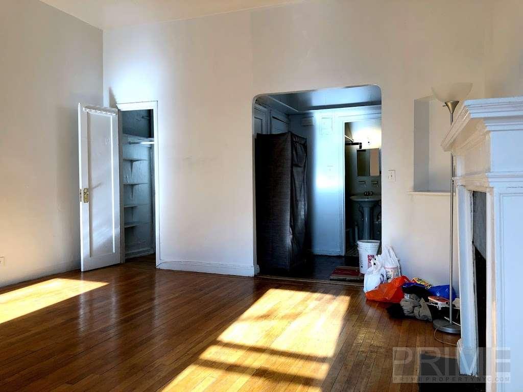 PRIME PROPERTY NYC™ - real estate agency  | Photo 10 of 10 | Address: 1483 Gates Ave, Brooklyn, NY 11237, USA | Phone: (917) 808-7258