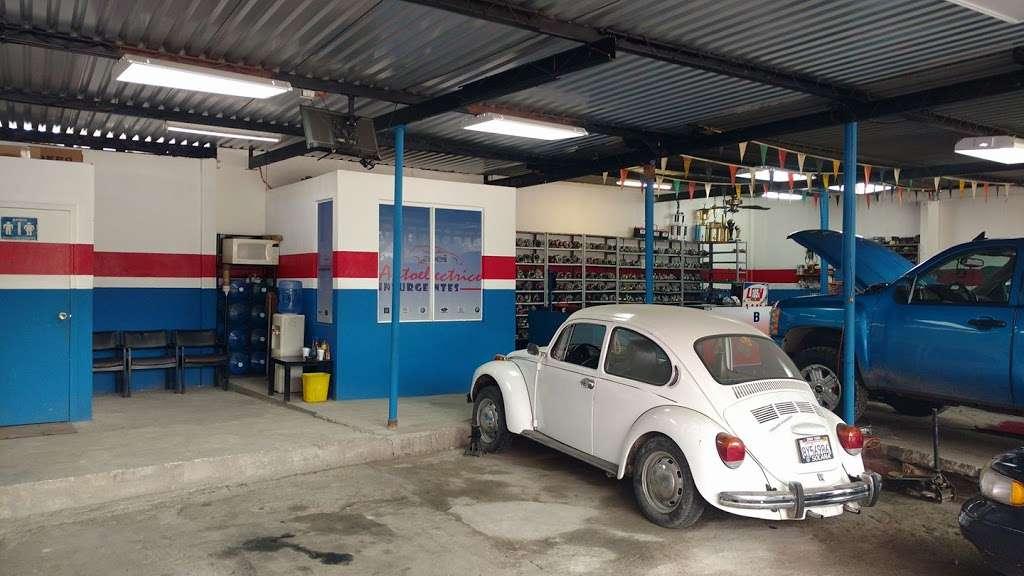 Auto Electrico INSURGENTES - car repair  | Photo 3 of 6 | Address: Av de los Insurgentes 1985, Cerro Colorado, 22223 Tijuana, B.C., Mexico | Phone: 664 625 7191