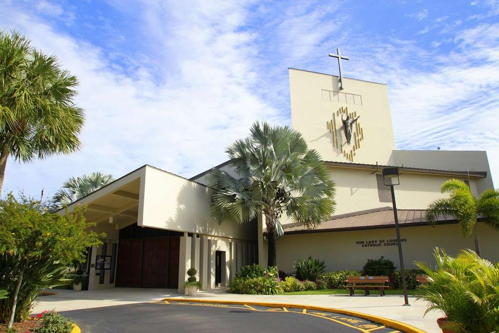 Our Lady of Lourdes Church - church  | Photo 4 of 10 | Address: 22094 Lyons Rd, Boca Raton, FL 33428, USA | Phone: (561) 483-2440