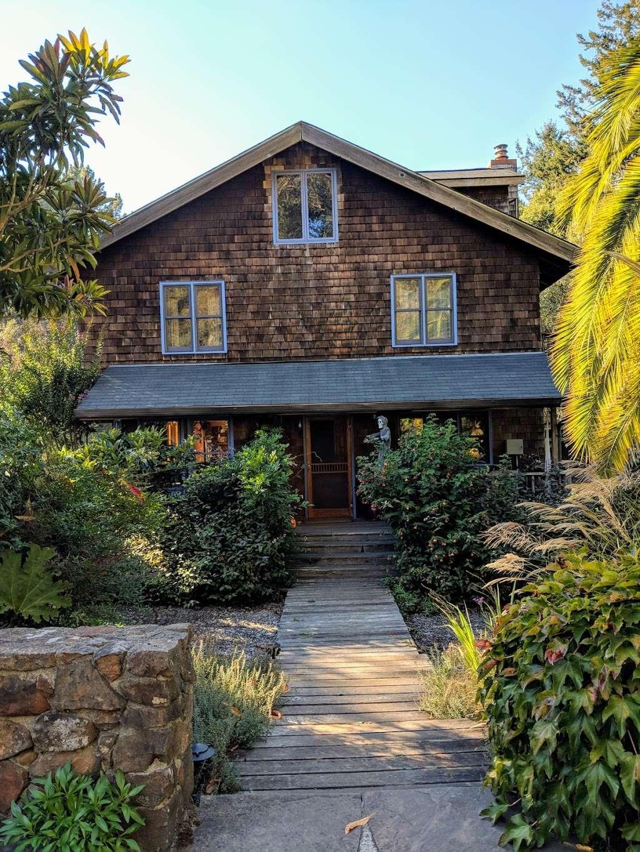 Casa Carolina Bed & Breakfast - lodging    Photo 2 of 7   Address: 7740 Nora Ave, Sebastopol, CA 95472, USA   Phone: (707) 823-3543