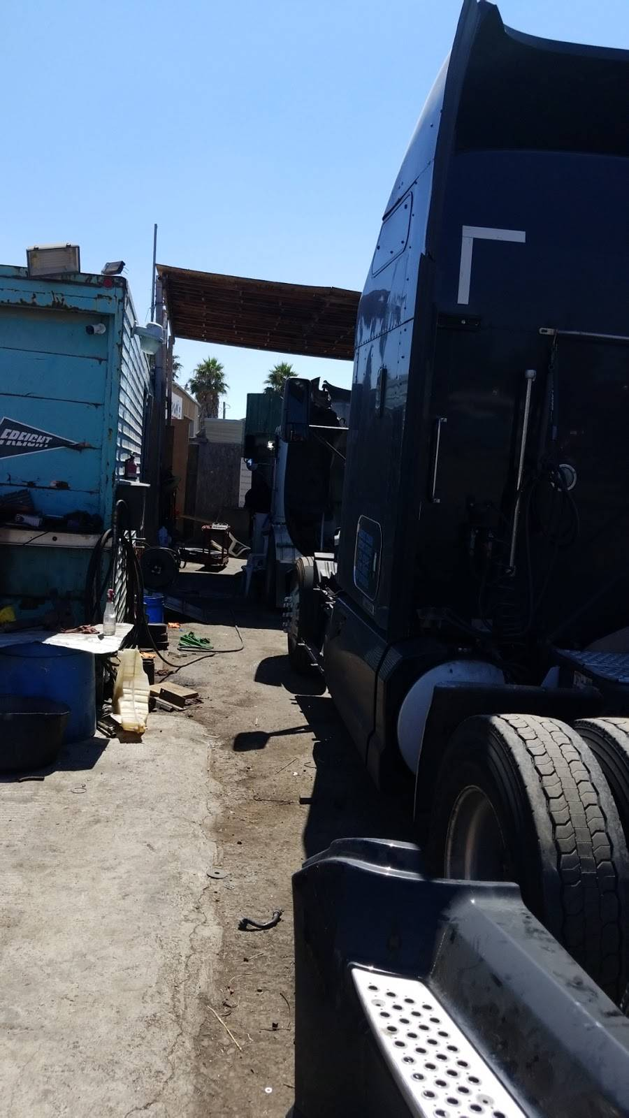 I5 Truck Trailer Repair - car repair  | Photo 4 of 5 | Address: Lathrop, CA 95330, USA | Phone: (510) 589-3811