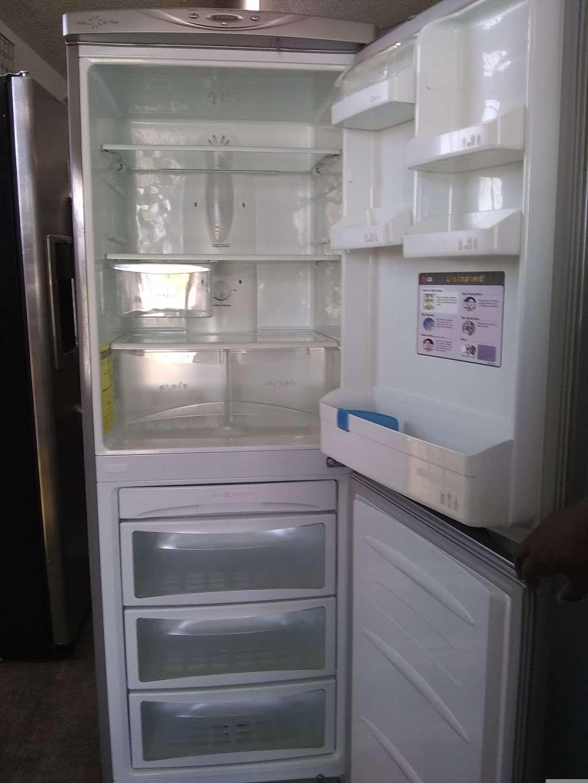Inland Empire Refrigerators - home goods store  | Photo 5 of 10 | Address: 18018 E Foothill Blvd, Fontana, CA 92335, USA | Phone: (909) 695-7594