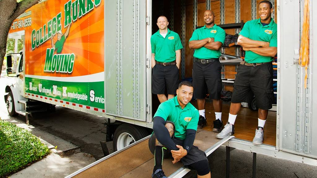 College Hunks Hauling Junk and Moving - moving company  | Photo 1 of 10 | Address: 11801 W Fairview Ave, Wauwatosa, WI 53226, USA | Phone: (414) 436-2909