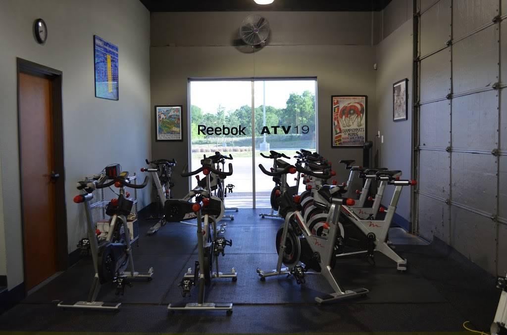 Impact Performance & Fitness - gym    Photo 7 of 8   Address: 525 S Nolen Dr, Southlake, TX 76092, USA   Phone: (817) 416-3838