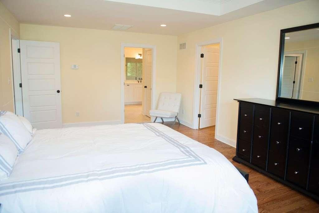 Reserve At Belair - real estate agency  | Photo 3 of 10 | Address: 60 Haggerty Dr, West Orange, NJ 07052, USA | Phone: (973) 736-5757