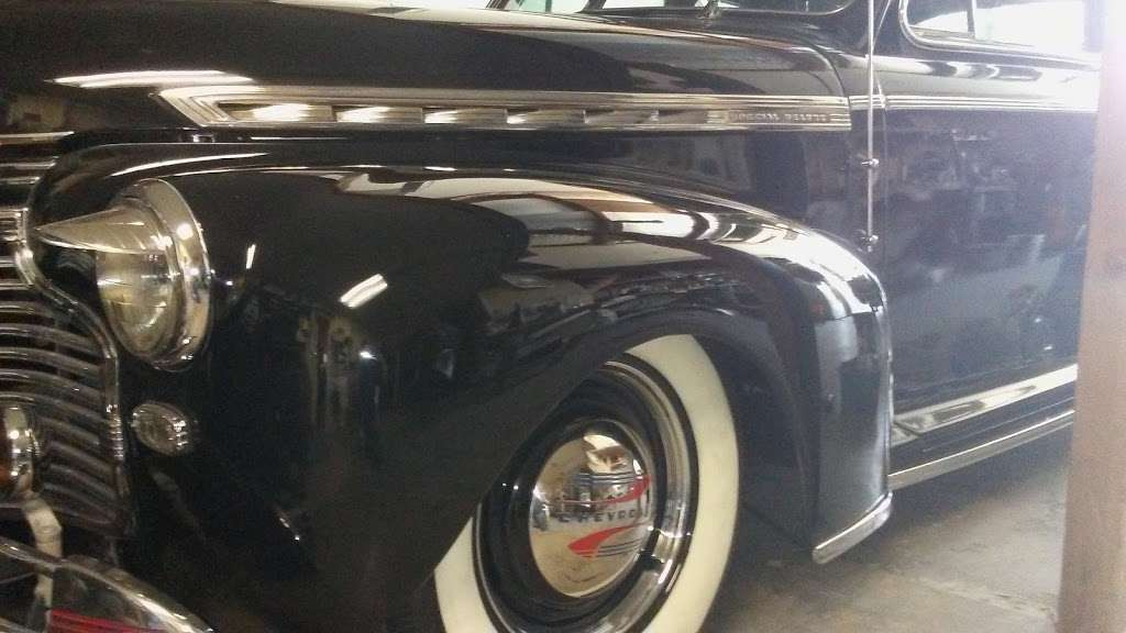 Hawaiian Mike Customs - car repair    Photo 1 of 10   Address: 27189 E 5th St, Highland, CA 92346, USA   Phone: (909) 672-5202