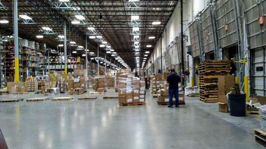Essendant - Perris Distribution Center - storage    Photo 5 of 9   Address: 4555 Redlands Ave, Perris, CA 92571, USA   Phone: (951) 436-3999