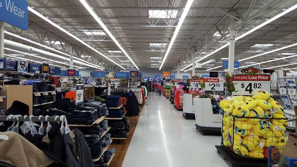 Walmart Supercenter - department store  | Photo 9 of 10 | Address: 2300 Sycamore Rd, DeKalb, IL 60115, USA | Phone: (815) 758-6225