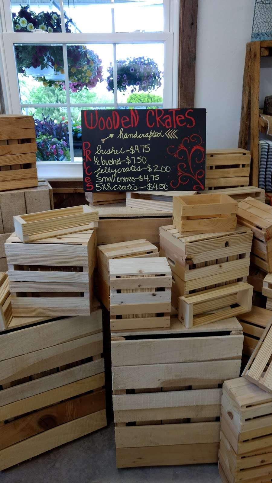 Hess Orchards - store  | Photo 4 of 10 | Address: 3793, 3979 Wayne Rd, Chambersburg, PA 17202, USA | Phone: (717) 264-8872