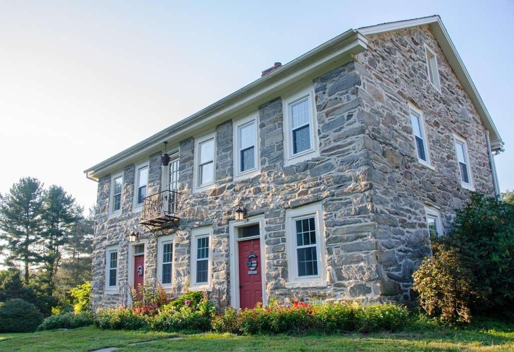 The House at Climbers Run - lodging    Photo 1 of 3   Address: 898 Marticville Rd, Pequea, PA 17565, USA   Phone: (717) 455-7042