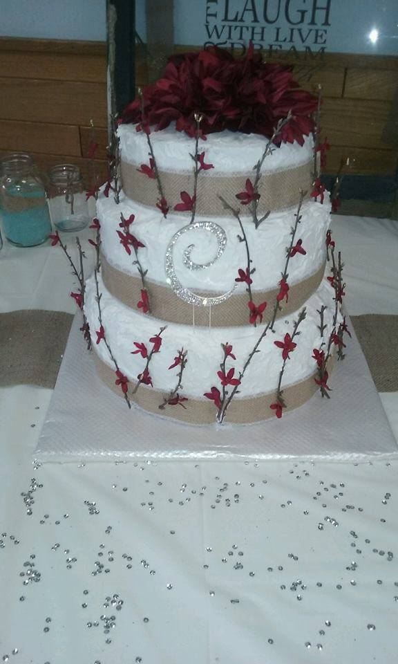 Cakes by Rosie - bakery    Photo 3 of 9   Address: 4036 Crest Dr, Cleveland, OH 44109, USA   Phone: (216) 633-7281
