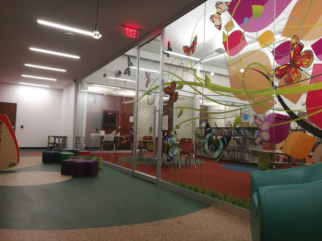 Cozby Library and Community Commons - library  | Photo 4 of 9 | Address: 177 N Heartz Rd, Coppell, TX 75019, USA | Phone: (972) 304-3658