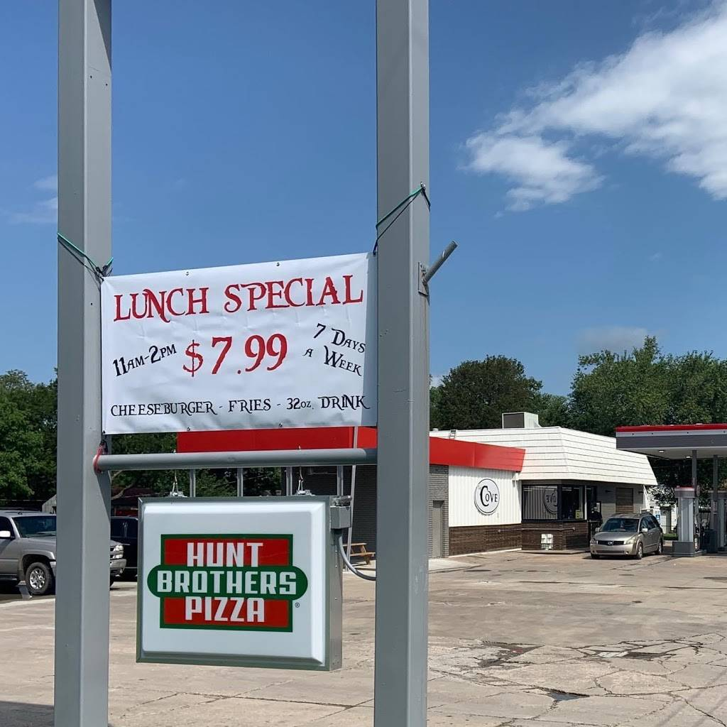 The Cove - restaurant  | Photo 6 of 8 | Address: 10202 N Cincinnati Ave, Sperry, OK 74073, USA | Phone: (918) 288-5001