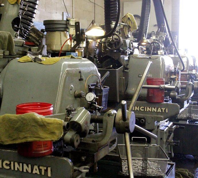 Raymac Grinding - car repair  | Photo 8 of 9 | Address: 1209 E Ash Ave, Fullerton, CA 92831, USA | Phone: (714) 525-7793