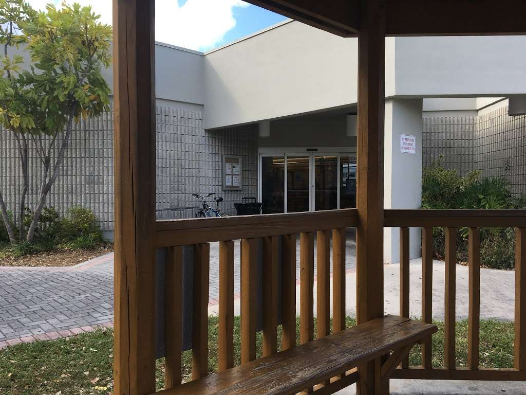 Carver Ranches Library - library  | Photo 9 of 10 | Address: 4735 SW 18th St, West Park, FL 33023, USA | Phone: (954) 357-6245