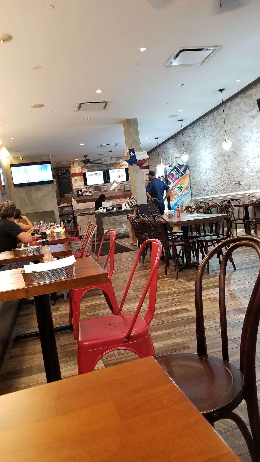 Bobcats Texas B.B.Q. - restaurant  | Photo 9 of 10 | Address: 725 River Rd, Edgewater, NJ 07020, USA | Phone: (201) 941-0196