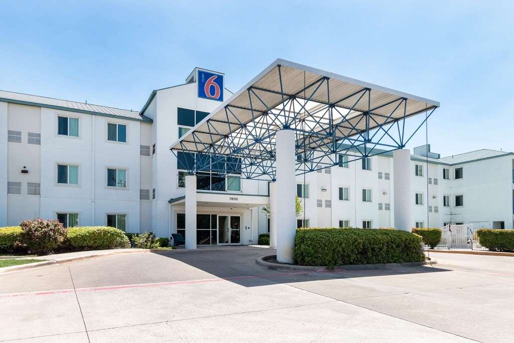Motel 6 Dallas - DFW Airport North - lodging  | Photo 7 of 9 | Address: 7800 Heathrow Dr, Irving, TX 75063, USA | Phone: (972) 915-3993