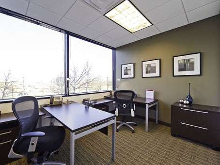 Regus - New Jersey, East Rutherford - Meadowlands - real estate agency  | Photo 4 of 10 | Address: 1 Meadowlands Plaza Suite 200, East Rutherford, NJ 07073, USA | Phone: (201) 340-2600