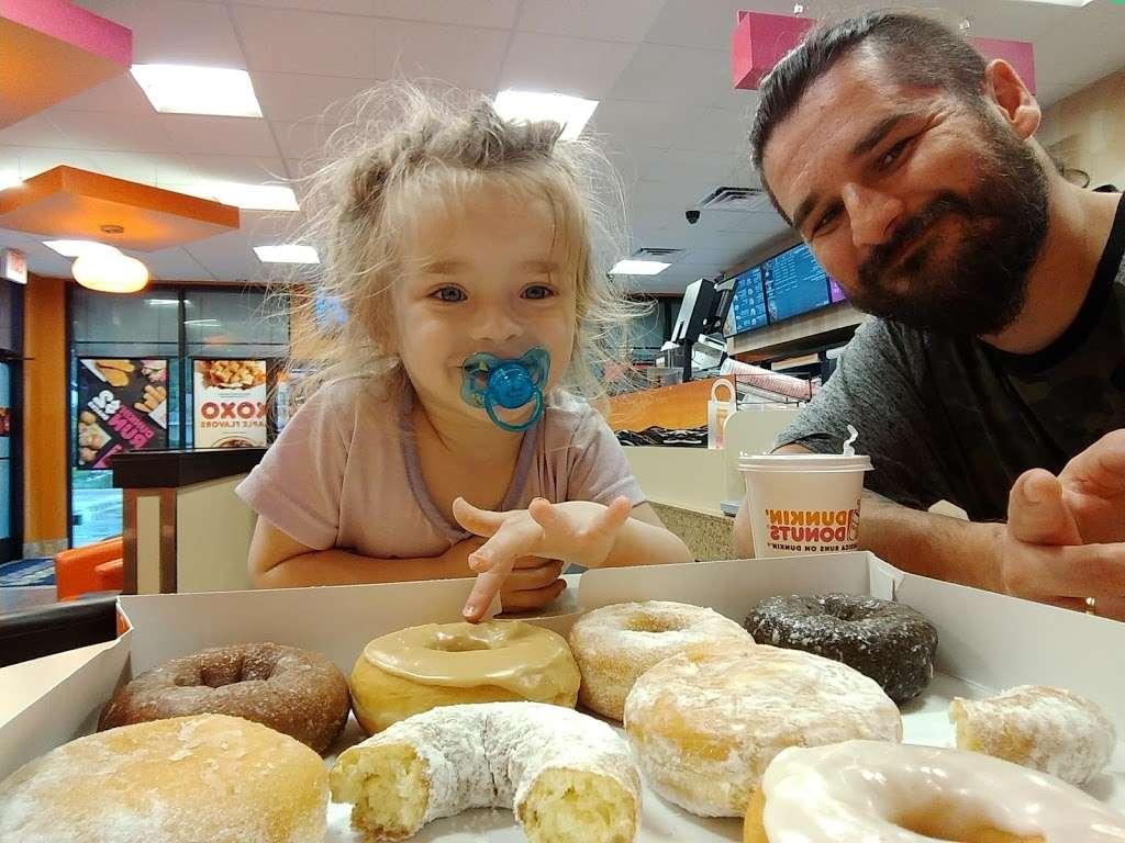 Dunkin Donuts - cafe  | Photo 5 of 10 | Address: 1525 Bay Area Blvd, Houston, TX 77058, USA | Phone: (832) 240-4477