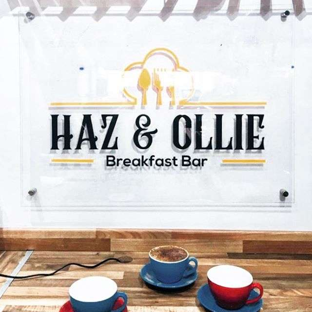 Haz & Ollie - restaurant  | Photo 1 of 6 | Address: 49 Chigwell Rd, South Woodford, London E18 1NG, UK | Phone: 020 8530 2500