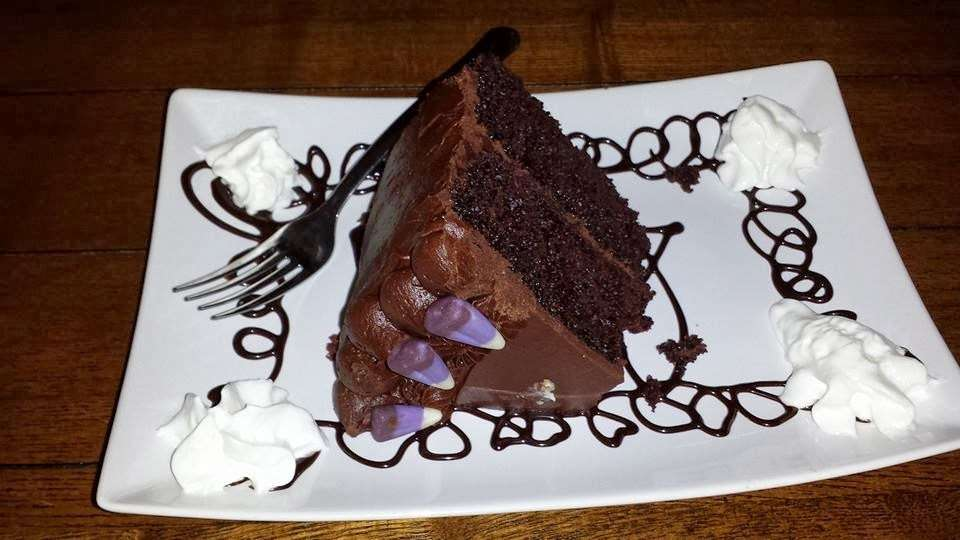Pies To Die For Cafe - cafe  | Photo 6 of 10 | Address: 5 Broadway, Bangor, PA 18013, USA | Phone: (610) 340-4756