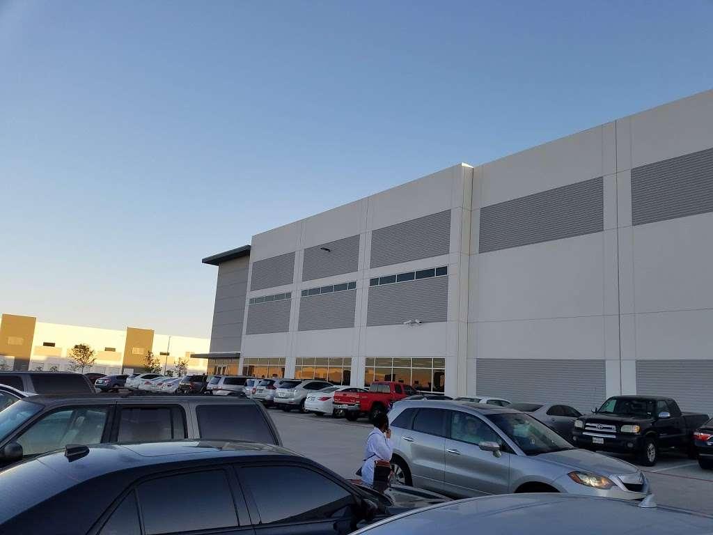 Samsung Electronics America - storage  | Photo 2 of 3 | Address: 2800 Market St, Irving, TX 75062, USA