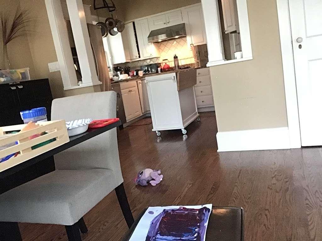 Hardy Hotel - lodging  | Photo 3 of 8 | Address: 1341 Asbury Ave, Winnetka, IL 60093, USA