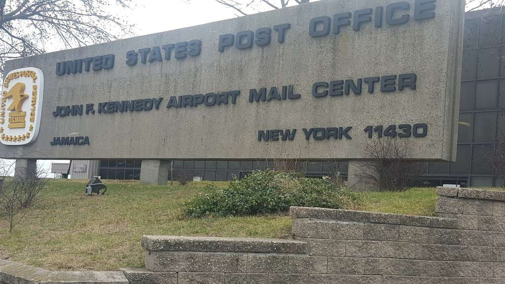 United States Postal Service - post office  | Photo 6 of 10 | Address: 250 N Boundary Rd Ste 1, Jamaica, NY 11430, USA | Phone: (800) 275-8777