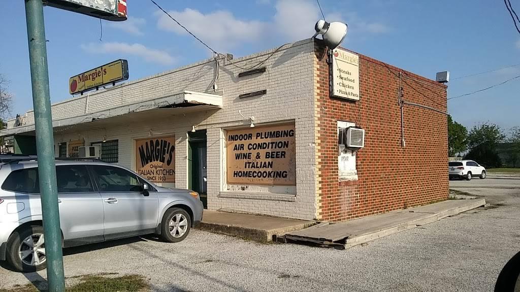 Margies Original Italian Kitchen - restaurant  | Photo 2 of 7 | Address: 9805 Camp Bowie W Blvd, Fort Worth, TX 76116, USA | Phone: (817) 244-4301
