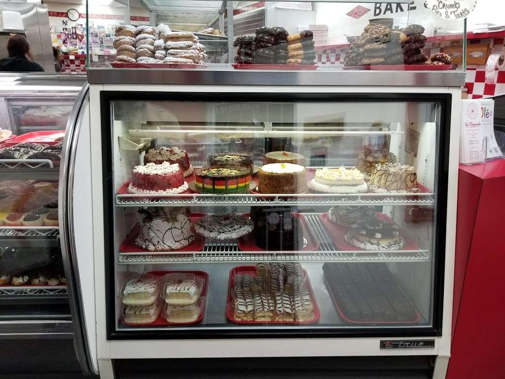La Cheesecake - bakery  | Photo 7 of 10 | Address: 126-06 14th Ave, College Point, NY 11356, USA | Phone: (718) 359-3718