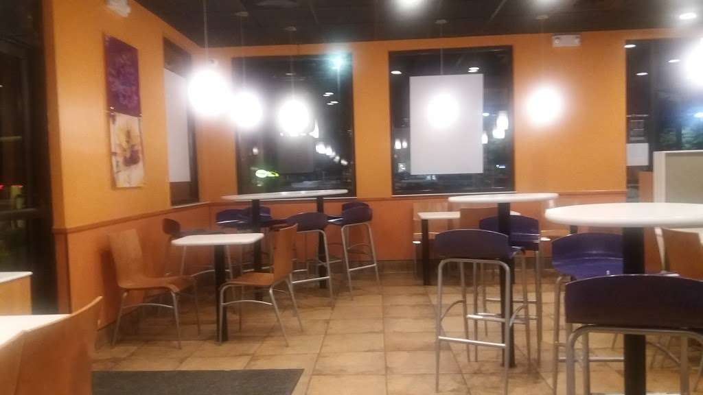 Taco Bell - meal takeaway  | Photo 4 of 10 | Address: 1714 W Main St, Locust, NC 28097, USA | Phone: (704) 888-3471