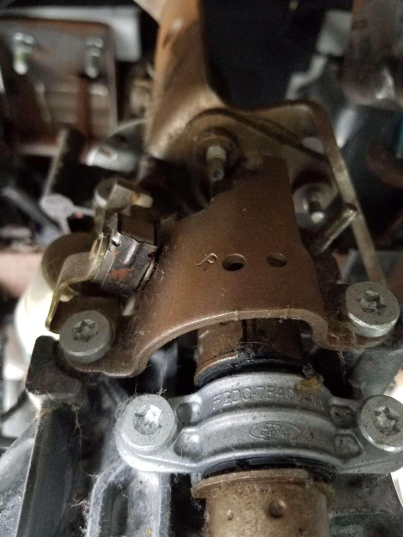 C & C Auto Works - car repair  | Photo 3 of 4 | Address: 9708 101st St, Jamaica, NY 11416, USA | Phone: (718) 843-0203