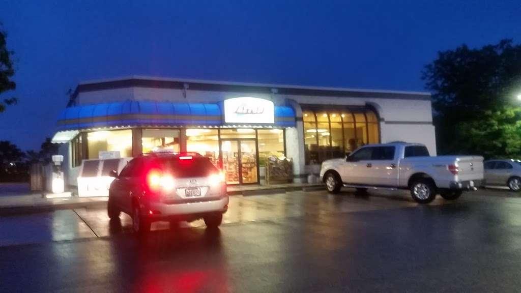 CITGO - gas station  | Photo 1 of 2 | Address: 11790 H G Trueman Rd, Lusby, MD 20657, USA | Phone: (410) 326-1222