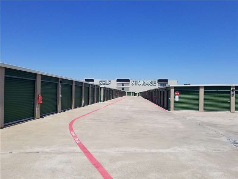 Extra Space Storage - moving company  | Photo 2 of 10 | Address: 1106 US-175 Frontage Rd, Seagoville, TX 75159, USA | Phone: (972) 287-8900