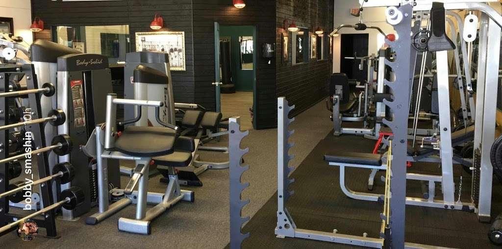 B2 Fitness - gym    Photo 1 of 2   Address: 6654, 846 Arneill Rd, Camarillo, CA 93010, USA   Phone: (805) 368-0082