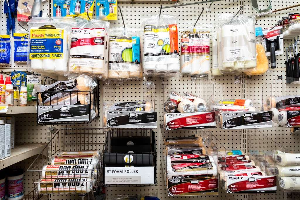 B & B True Value Hardware - hardware store  | Photo 7 of 10 | Address: 611 State Rd, Croydon, PA 19021, USA | Phone: (215) 785-3643