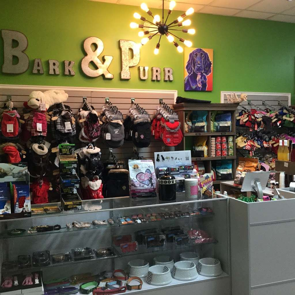 Bark And Purr Yonkers - clothing store    Photo 3 of 10   Address: 1 Pierpointe St, Yonkers, NY 10701, USA   Phone: (914) 476-2275