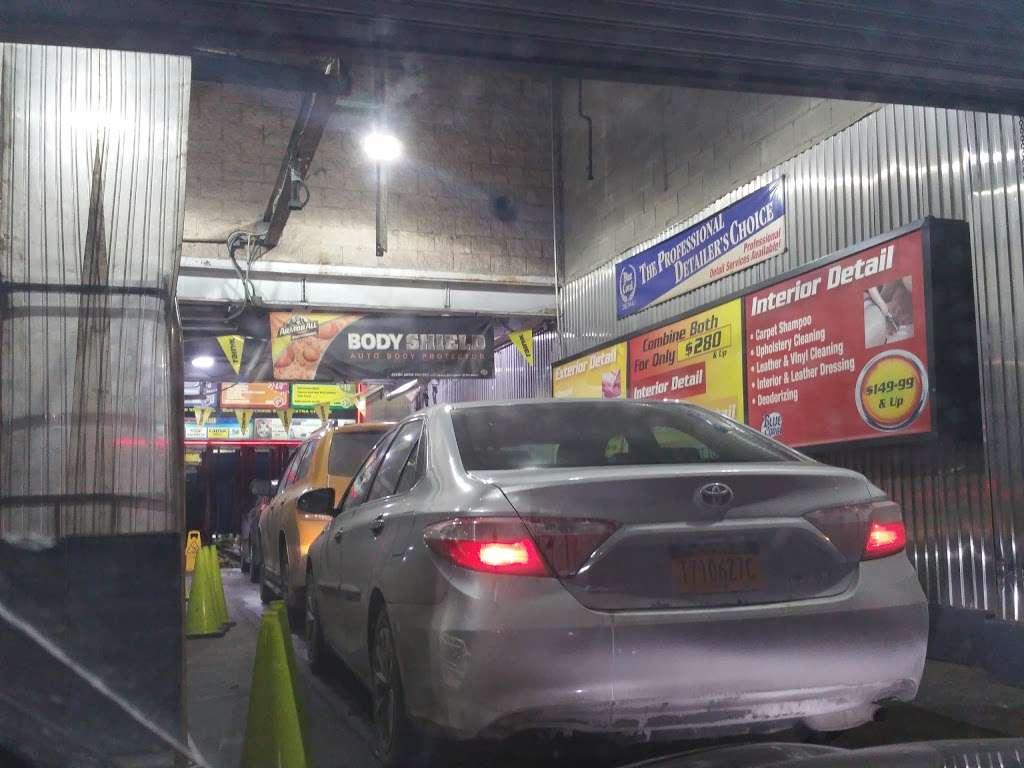 Westside Highway Car Wash - car wash  | Photo 6 of 10 | Address: 638 W 46th St, New York, NY 10036, USA | Phone: (212) 757-1141