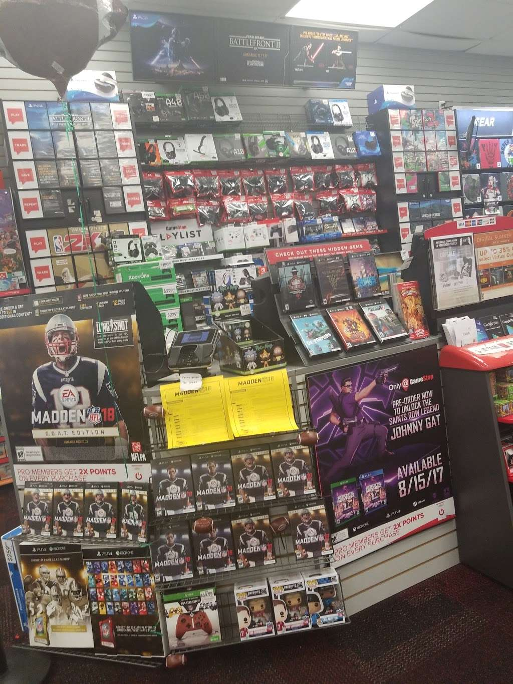 GameStop Prestige - electronics store  | Photo 4 of 7 | Address: 17604 Garland Groh Blvd, Hagerstown, MD 21740, USA | Phone: (301) 733-1093