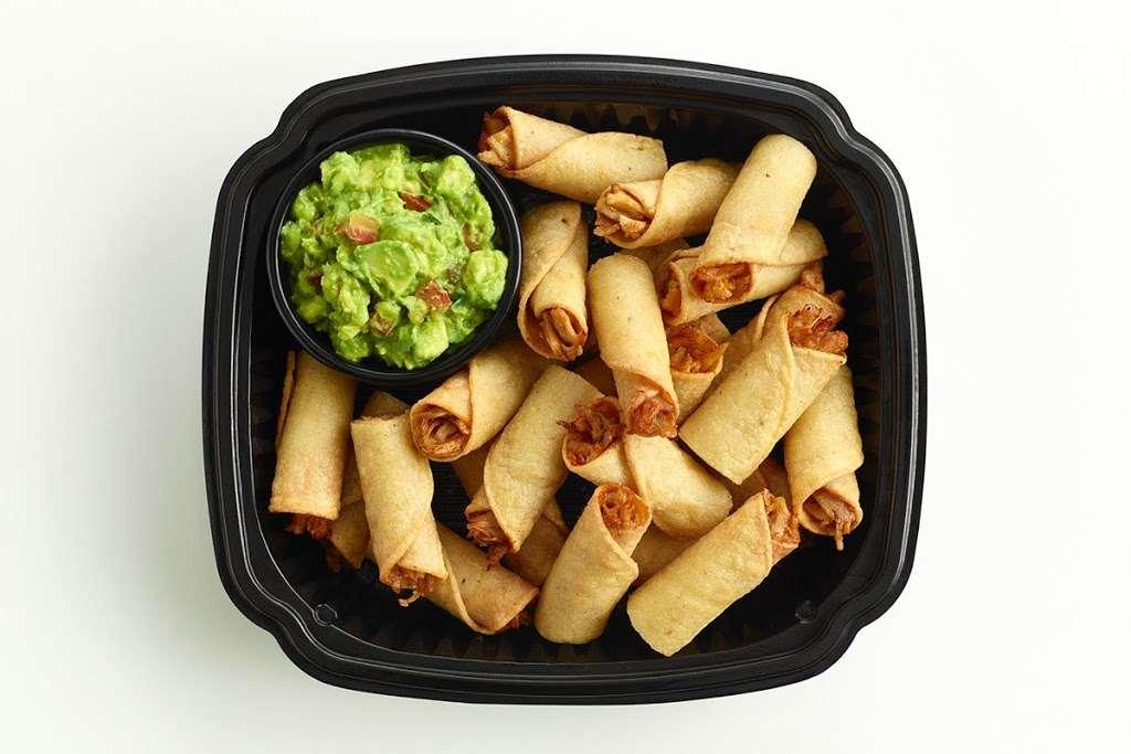 El Pollo Loco - restaurant  | Photo 5 of 10 | Address: 12847 El Camino Real, San Diego, CA 92130, USA | Phone: (858) 847-0285