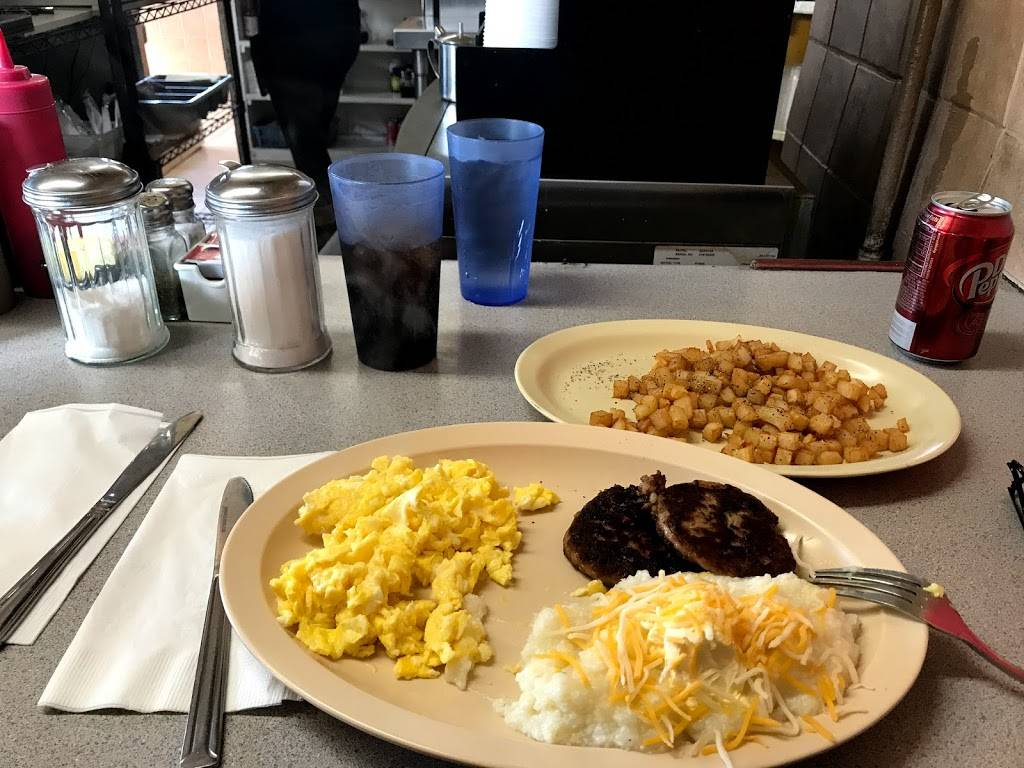 Jerrys Breakfast Place - restaurant  | Photo 3 of 10 | Address: 1537 E 4th St, Long Beach, CA 90802, USA | Phone: (562) 436-3323