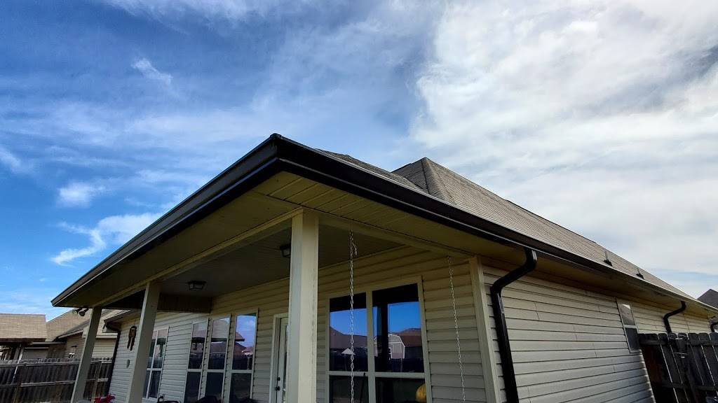 V & V Roofing and Sheet Metal, LLC - roofing contractor    Photo 5 of 8   Address: 9120 Amber Dr, Baton Rouge, LA 70809, USA   Phone: (225) 753-6736