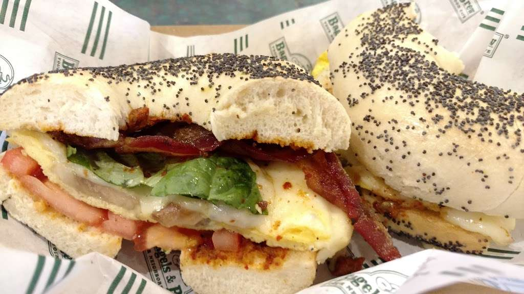 Bagels & Brew - cafe  | Photo 6 of 10 | Address: 23052 Alicia Pkwy A, Mission Viejo, CA 92692, USA | Phone: (949) 837-6977